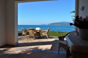 Villa Tiziana sul Mare mit Meerblick in der Elba Ferienhaus-Kategorie Villa