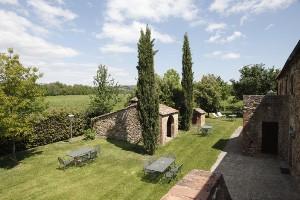 Toskana Urlaub auf der Fattoria Casabianca - Il Piano -Landgut mit Ferienwohnungen für 2 bis 6 Personen, 30 km südlich von Siena